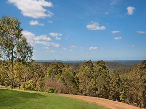 Buying Land On Tamborine Mountain